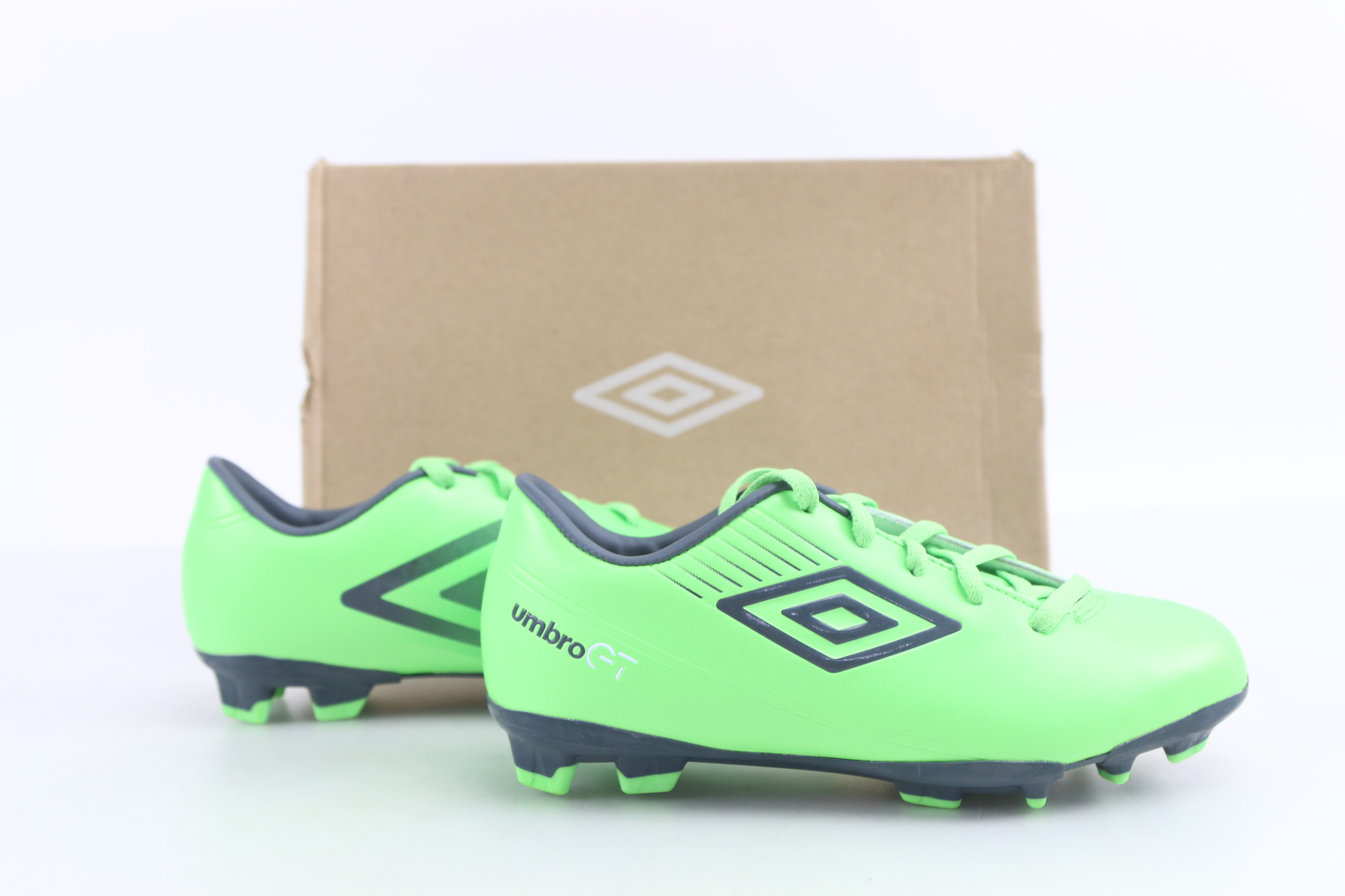 d6869c9a261 Details about Umbro Football Boots Shoes Umbro GT II Cup J Size 2.5 Green  80397U-CU2